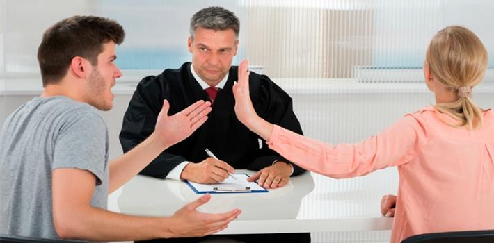 помощь в разводе через суд